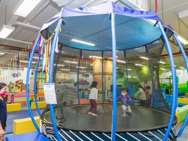let's jump together at kidzooona's trampoline